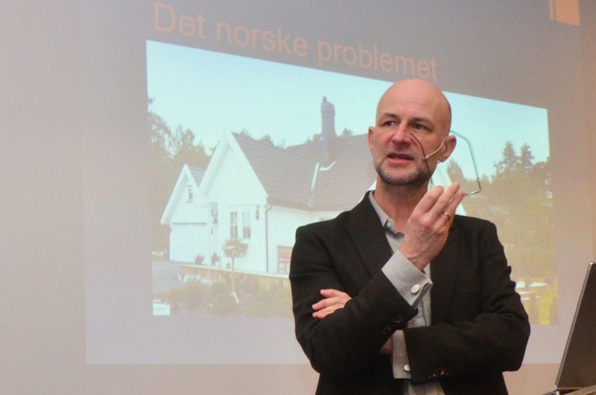 Erling Dokk Holm.