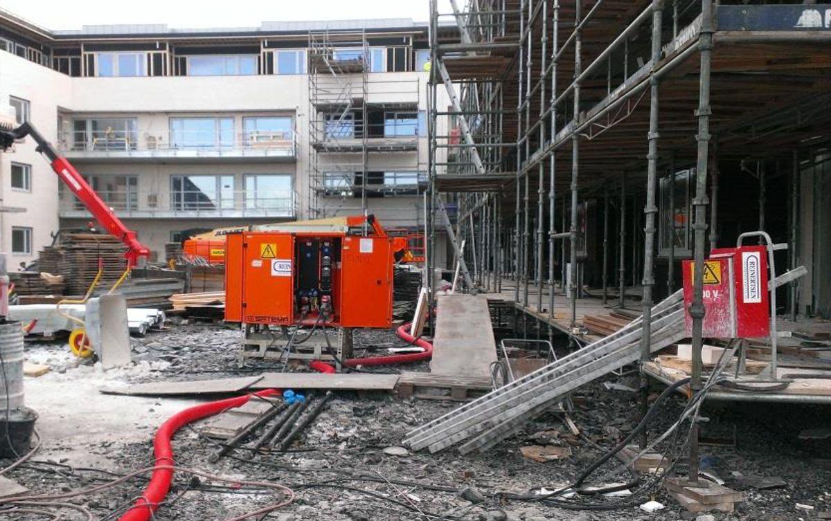 Bilde hentet fra et foredrag som Hanne Linge hos Reinertsen viste. Slik bør det ikke se ut på byggeplass... (Foto: Reinertsen)