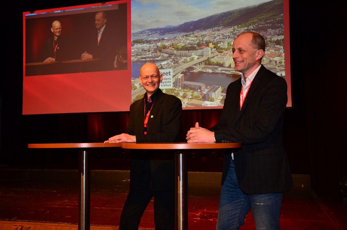 Daglig leder i Trefokus, Aasmund Bunkholt (til venstre) og Rune B. Abrahamsen, avdelingsleder Sweco Norge, under Byggedagene 2015.