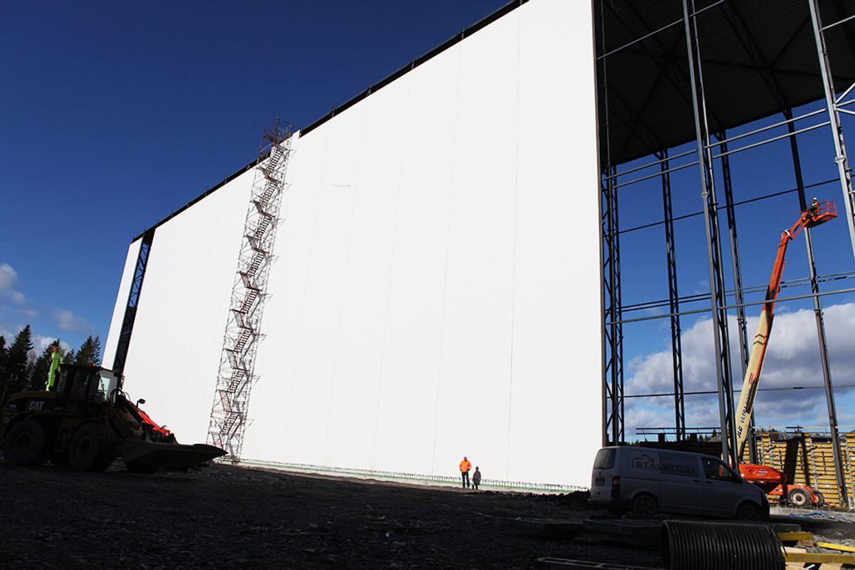 Norges høyeste fryselager på Våler. Foto: Peab
