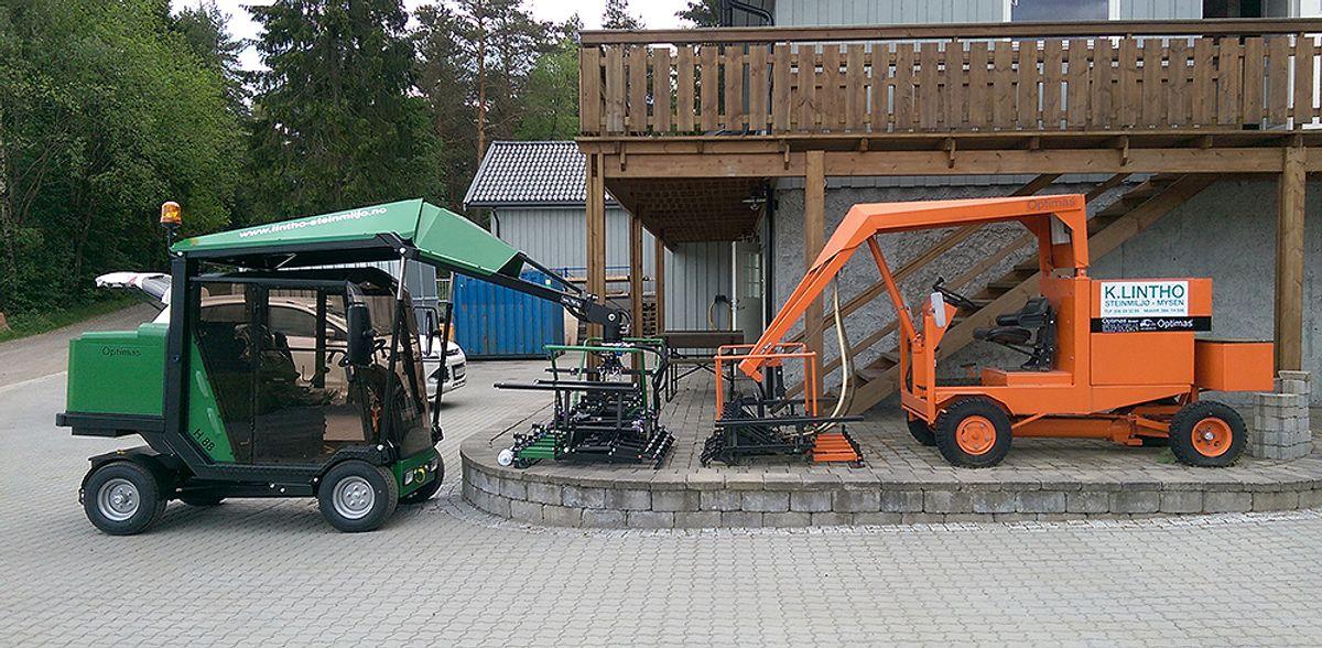 Ny og gammel æra – den første og den nyeste leggemaskinen til selskapet.