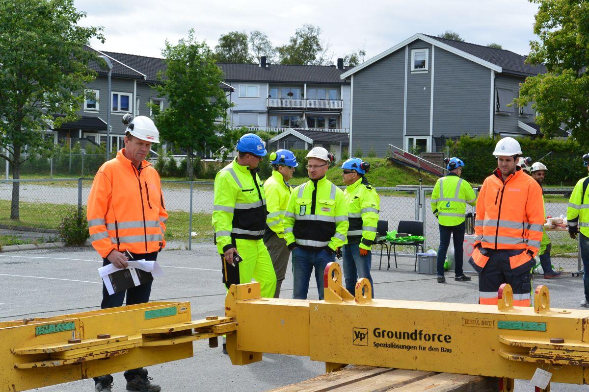 Representanter fra Park & Anlegg og fra Marthinsen & Duvholt. Foto: Kynningsrud