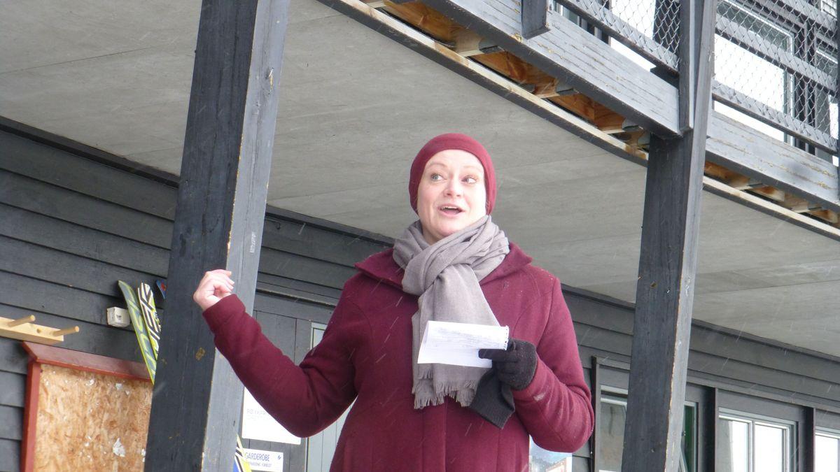Senterpartiets representant i bystyre, Marit Løvik, stod for den offisielle åpningen av anleggsperioden.
