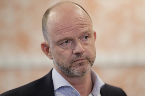 NHO-sjef Ole Erik Almlid vil ha en garanti fra partiene på stortinget om at skattene ikke økes av neste regjering. Foto: Berit Roald / NTB