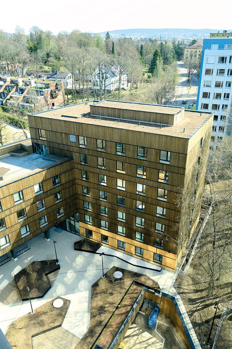 Blinderveien 6, studentboliger bygget i massivtre for Studensamskipnaden i Oslo og Akershus. 14.4.2021. Foto: Trond Joelson, Byggeindustrien