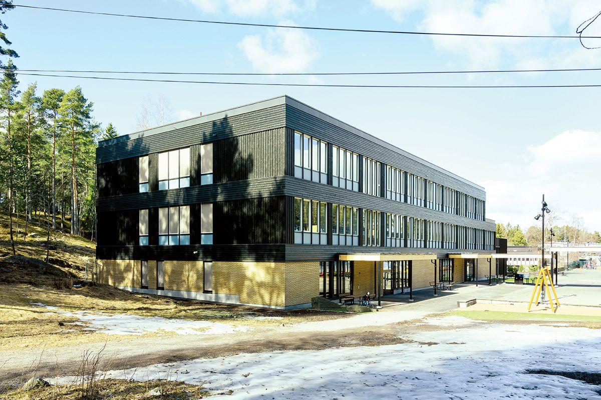 Nøklevann skole i Oslo, 10.4.2021. Foto: Trond Joelson, Byggeindustrien