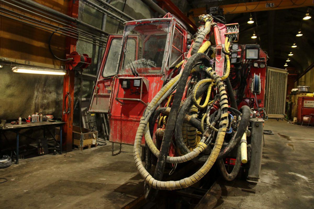 En av maskinene på verkstedet 1.365 meter under toppen på Kirunagruven.