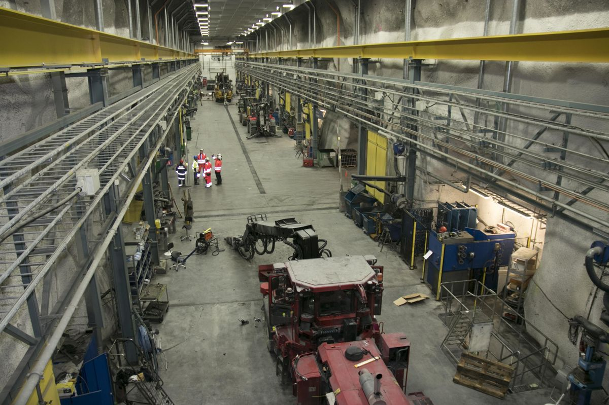 Det er store dimensjoner over fabrikkhallene på nivå 1.365.
