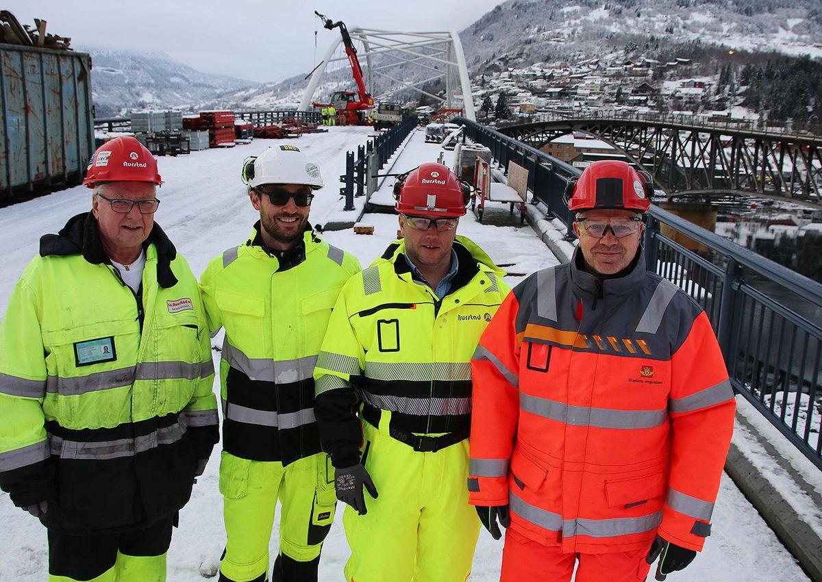 F.v. prosjektleder Edvard Solheim i Aurstad, daglig leder Mario Perissutti i PNC Norge, anleggsleder Bjørn Tore Årvik i Aurstad og prosjektleder Gunnar Solbakken i Statens vegvesen.