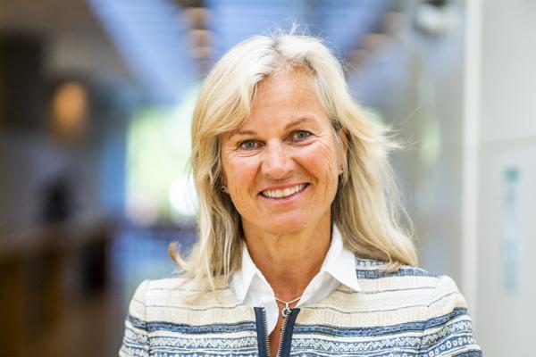 Kristin Krohn Devold, administrerende direktør i NHO Reiseliv, er glad over lettelsene i koronarestriksjonene. Foto: Håkon Mosvold Larsen / NTB