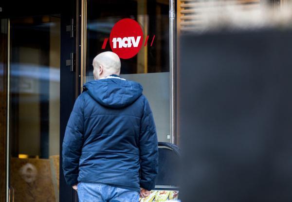 Riksrevisjonen har lite å utsette på Navs håndtering av den eksplosive veksten i stønadssøknader etter at landet stengte ned i fjor vår. Foto: Gorm Kallestad / NTB