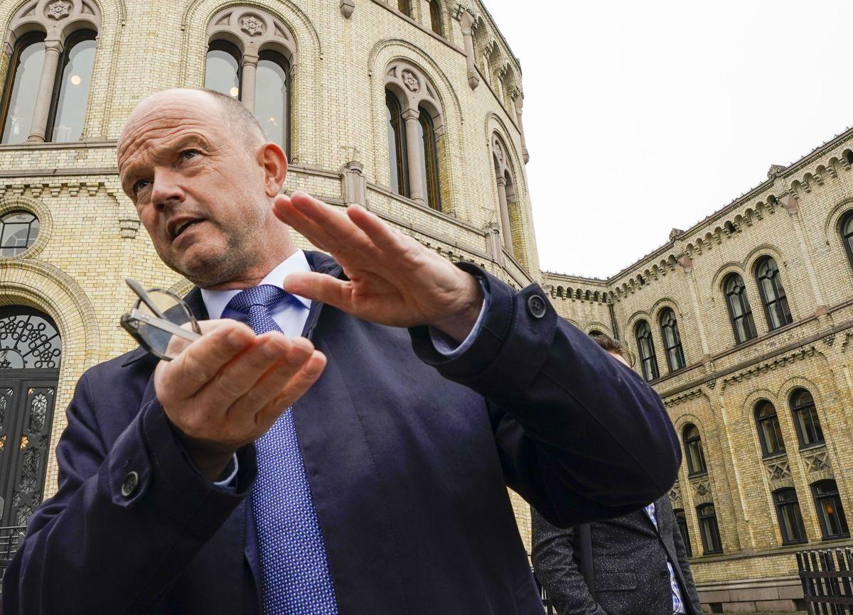 NHOs administrerende direktør Ole Erik Almlid mener den nye frihandelsavtalen med Storbritannia er så viktig at Stortinget om nødvendig må utsette ferien for å få den vedtatt før valget. Foto: Lise Åserud / NTB
