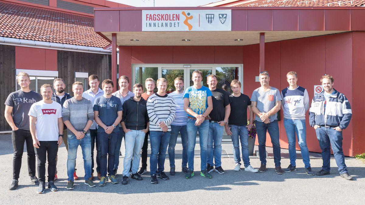 Skanska-studenter avsluttet onsdag forrige uke fire år med deltidsstudier.