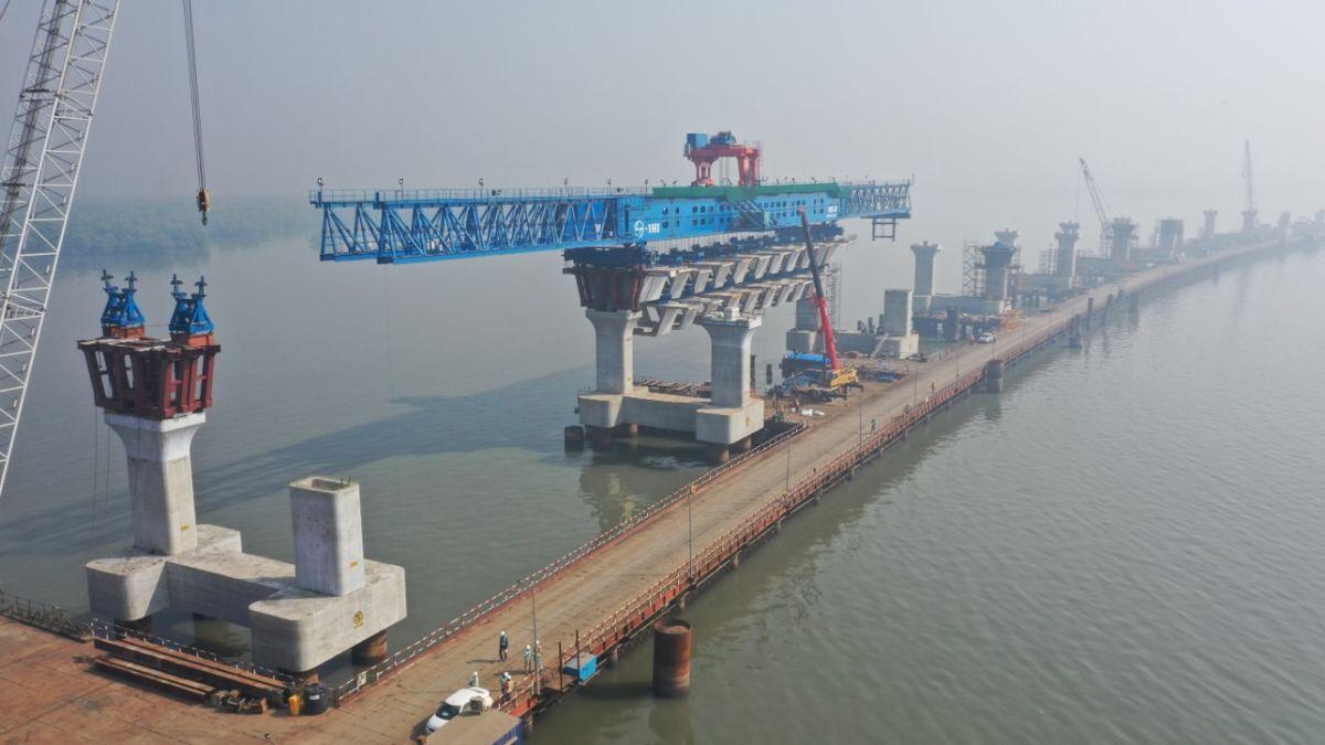 Mumbai Trans Harbour Link ferdigstilles i 2022, og blir med sine 21,8 kilometer Indias lengste bru. Foto: NRS