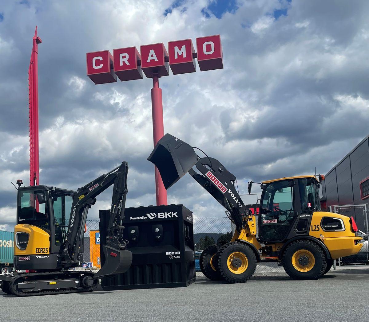 Cramo investerer i både nye maskiner og ladecontainere. Foto: Cramo