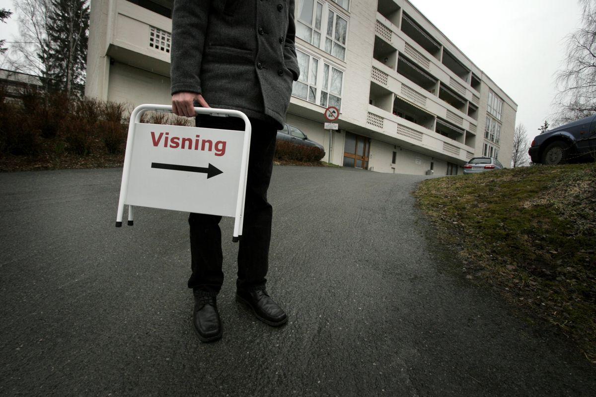 En ny forskrift skal gjøre det tryggere å kjøpe og selge bolig. Foto: Jarl Fr. Erichsen / NTB