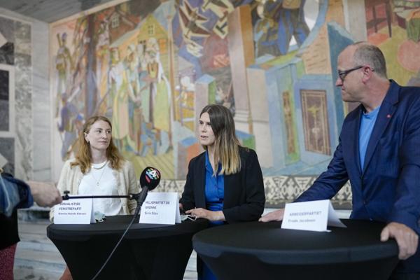 MDG-politiker Sirin Stav (i midten) har blitt medlem av byrådet i Oslo. Foto: Fredrik Hagen / NTB