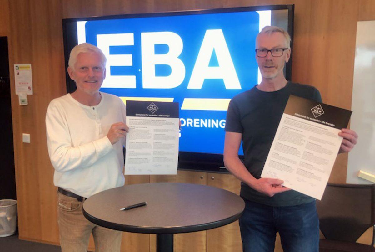 Daglig leder Leif Vagle i Fair Play Agder og styreleder Svein Resmann i Entreprenørforeningen Bygg og Anlegg Agder.