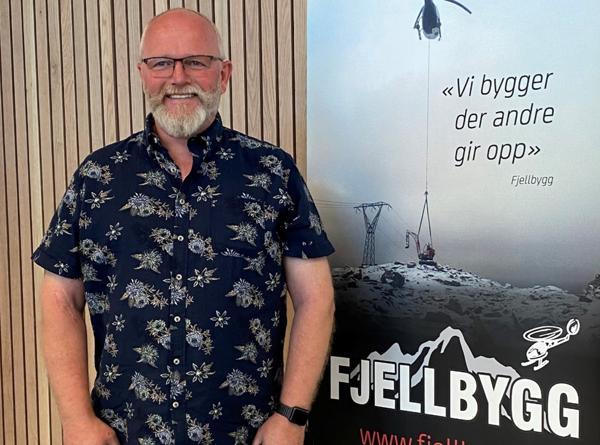 Arne Gustav Hageland tar over som daglig leder for entreprenørbedriften Fjellbygg. Foto: Fjellbygg