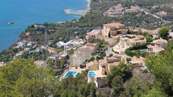 Altea Hills i Alicante i Spania. Illustrasjonsfoto: Bueno Group