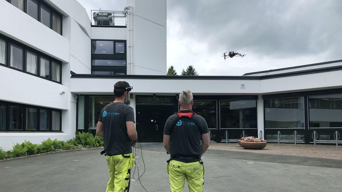 Riksarkivet i Oslo ble inspisert med drone sommeren 2021. Foto: Statsbyg