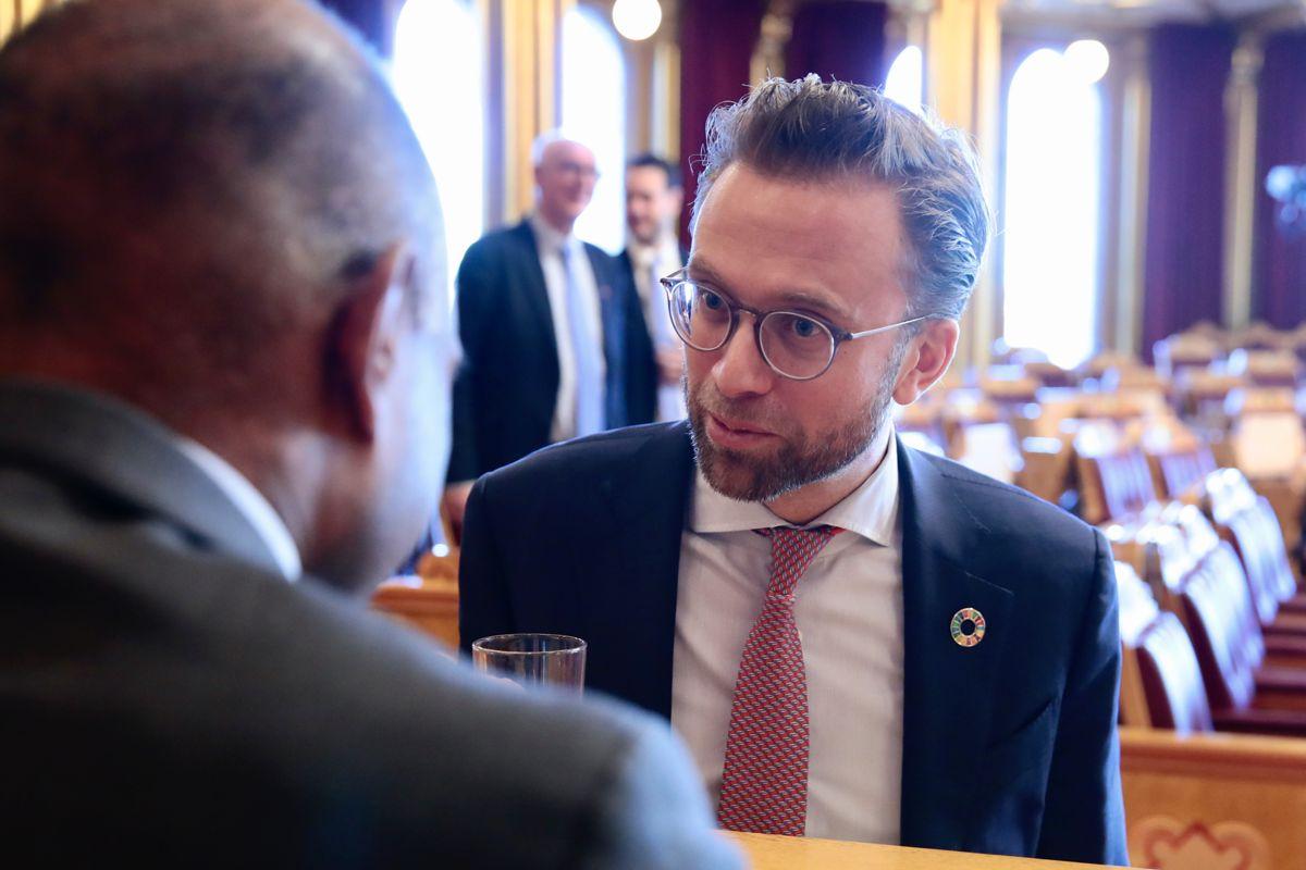 Kommunalminister Nikolai Astrup (H) forteller til TV2 fredag at staten ønsker å se på hva som eventuelt skal til for at leie-til-eie ordningen kan økes. Foto: Håkon Mosvold Larsen / NTB
