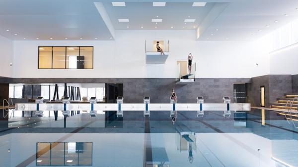 Bølgen bad og aktivitetssenter i Drøbak. Foto: Fotograf Annette Larsen / White Arkitekter