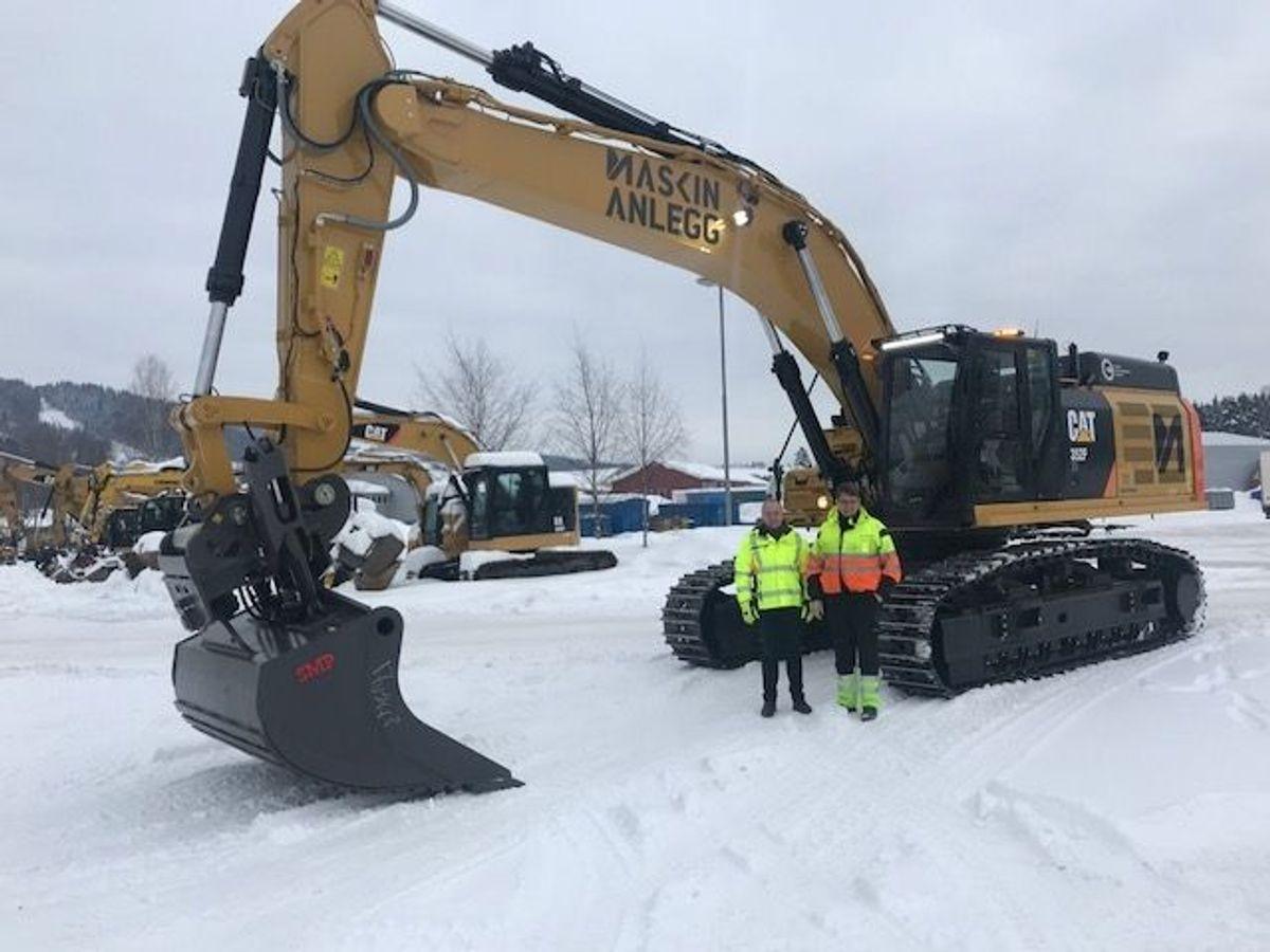 55 tonn tunge Cat 352F XE er den største av maskinene som Maskinanlegg nå kjøpte av Pon Equipment. Foto: Pon Equipment
