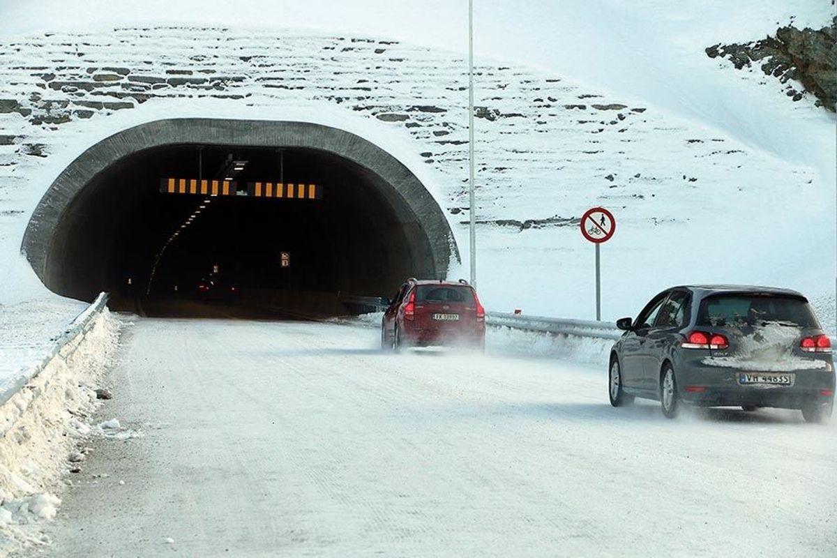 Den nye E6-strekningen mellom Langslett og Sørkjosen ble åpnet for trafikk 2. februar. Foto: Marius Skjerve Staulen/Statens vegvesen
