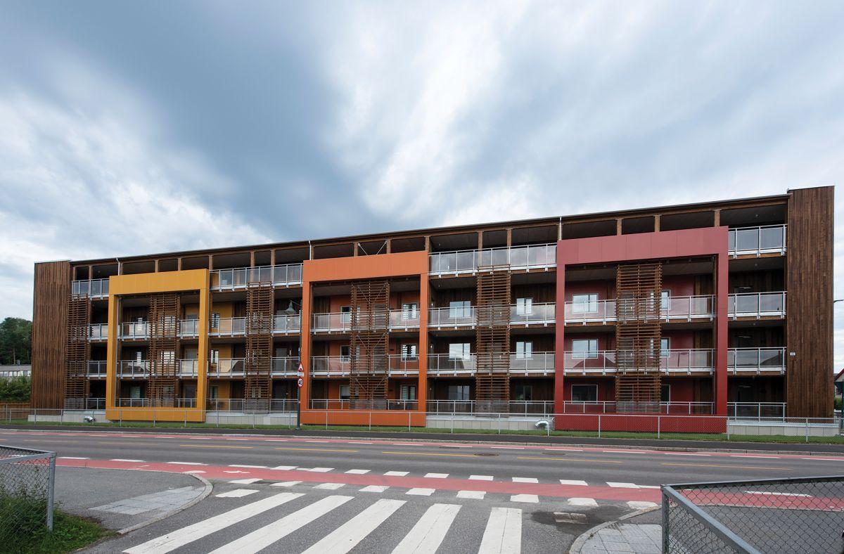 Hønen Terrasse i Hønefoss, 7. august 2021. Foto: Trond Joelson, Byggeindustrien