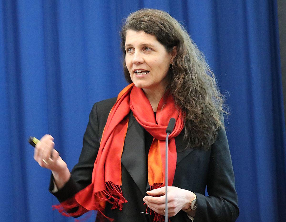 Katharina Bramslev har ledet gruppen som har levert rapporten «Gode bygg og områder – for helsa, miljøet og lommeboka».