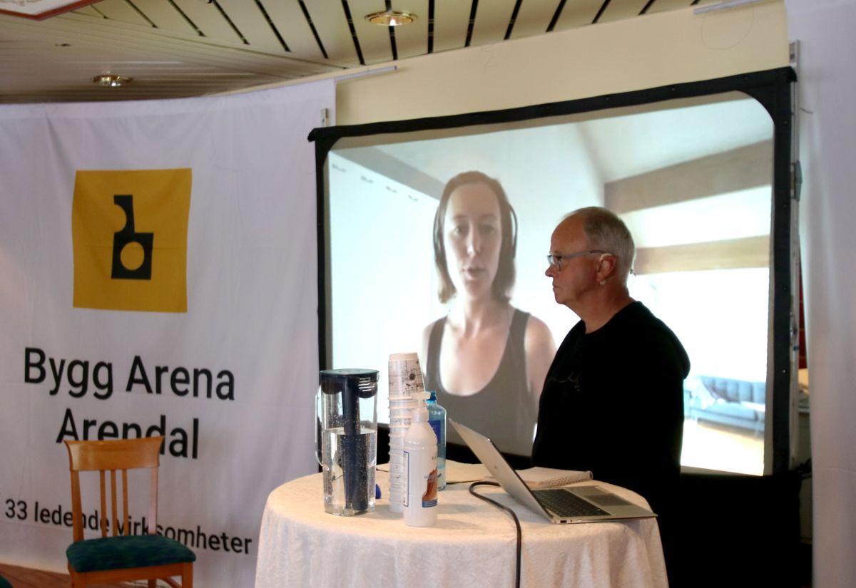 Energi- og miljørådgiver Una Halvorsen i Asplan Viak i samtale med Sverre Tiltnes i Construction City på Wasteless-seminaret på Bygg Arena Arendal.