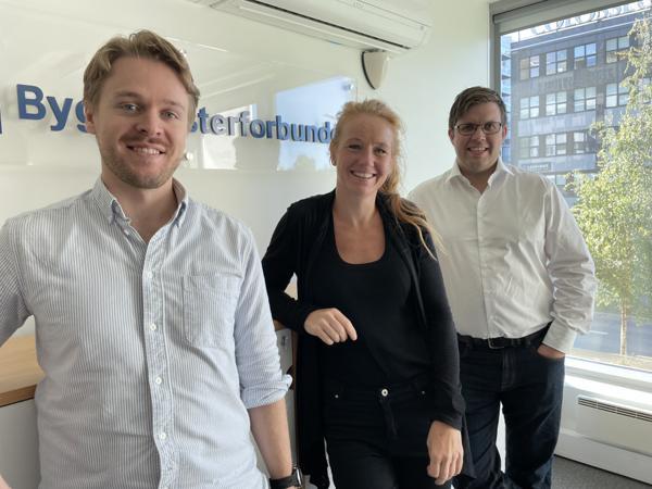 Juridisk avdeling i Byggmesterforbundet består av advokatfullmektig Håvard Alterskjær (t.v), advokat Camilla Stenumgård og advokat Eirik Gåskjønli.
