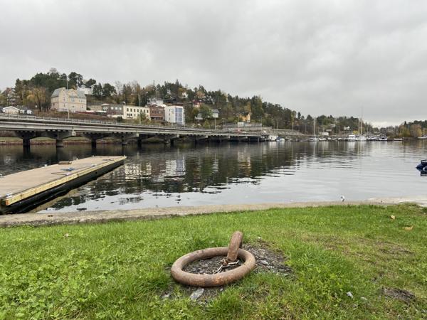 Statens vegvesen anbefaler ikke gjenbruk av bruene på E18 ved Sandvika. Foto: Bernt Ånund Ramsfjell, Norconsult