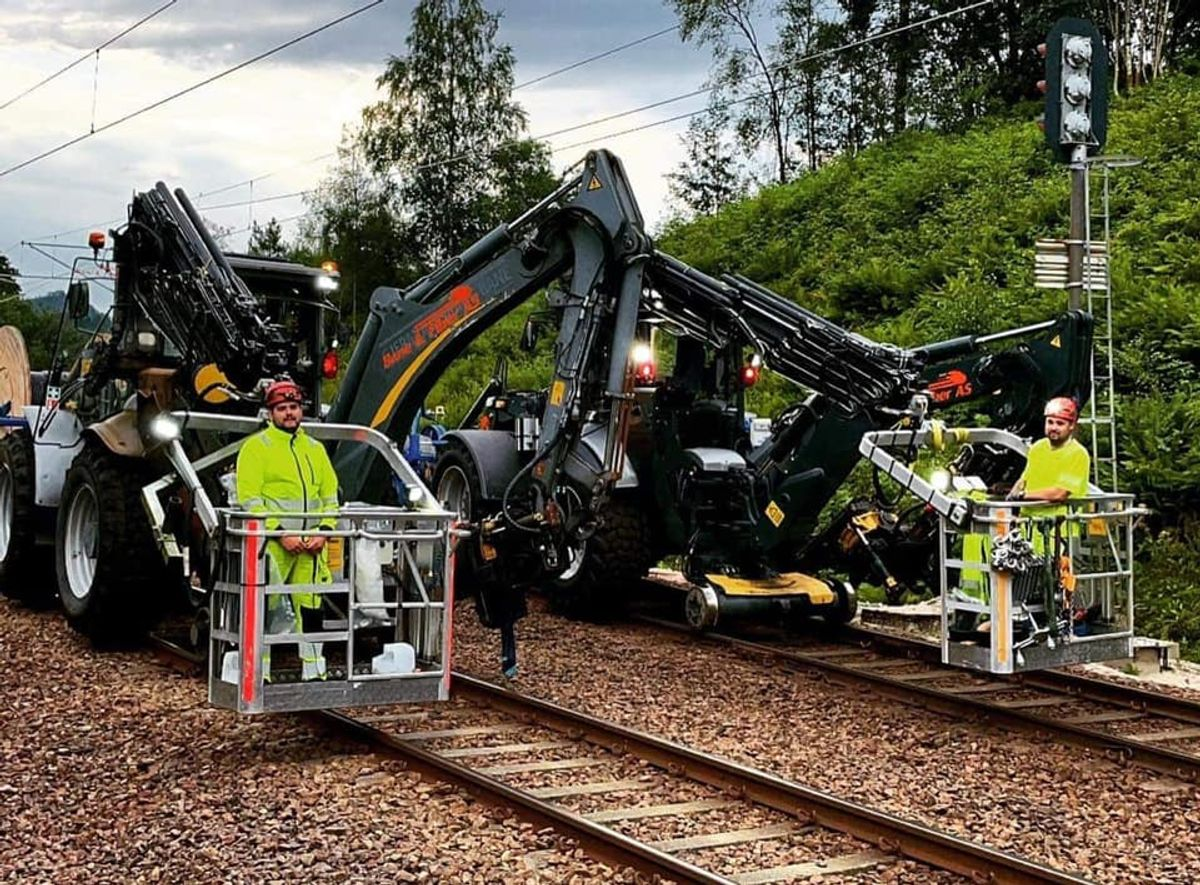Nettpartner og Bane & Fiber AS på jernbaneoppdrag på Sørlandet. Foto: Nettpartner/Bane&Fiber.
