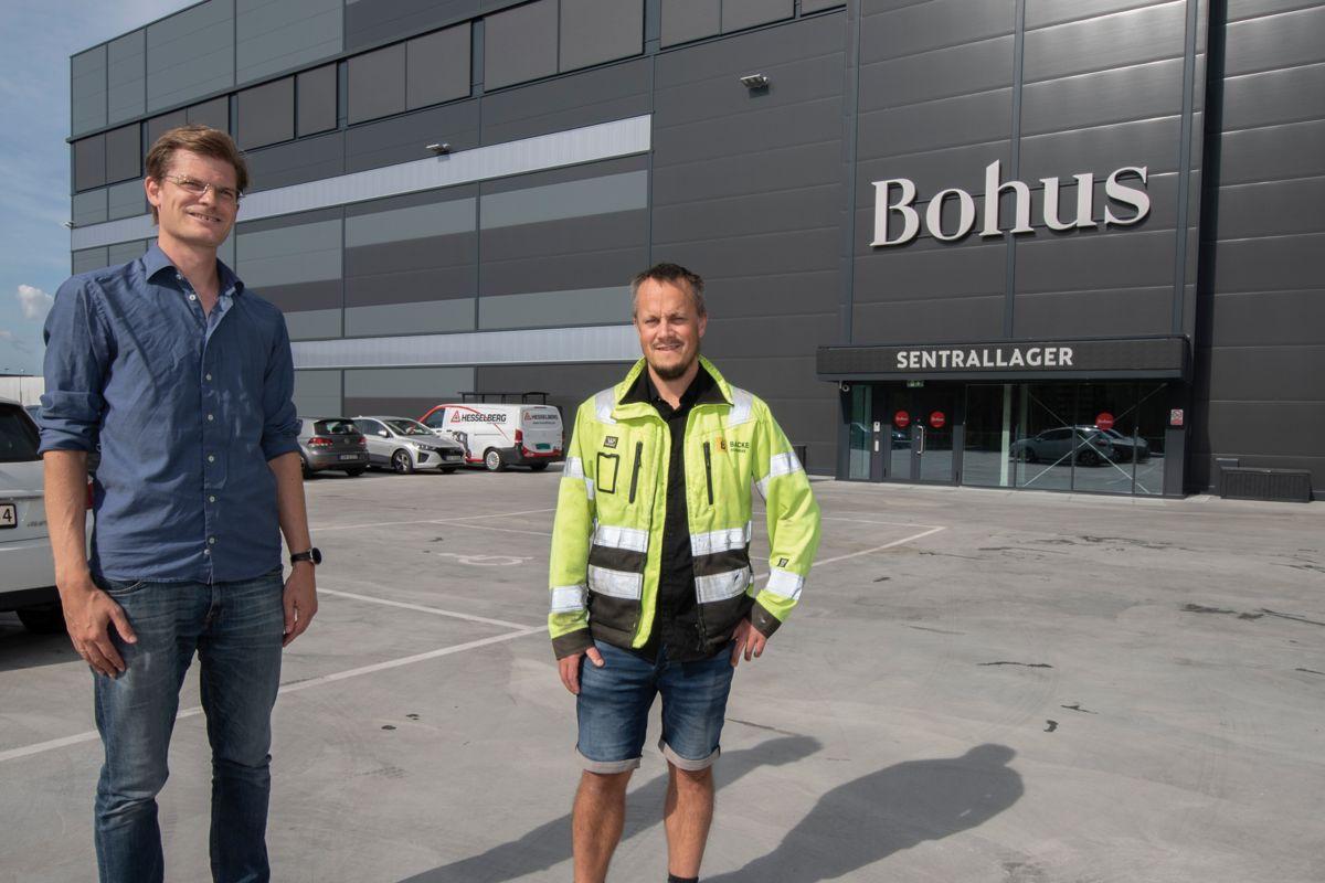 Daglig leder i Bohus Logistikk Håkon Bredde-Prytz (til venstre) og prosjektleder i Backe Romerike Tommy Ekornhol er begge godt fornøyde med bygget.