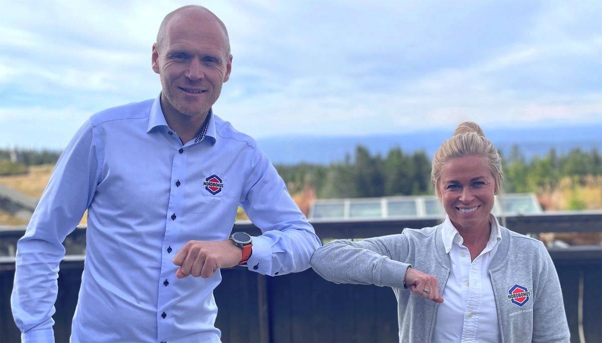 Tor-Atle Fuglerud, adm. dir. i Nordbohus Innlandet og Camilla Haugseth Solheim, daglig leder Nordbohus Romerike. Foto Nordbohus