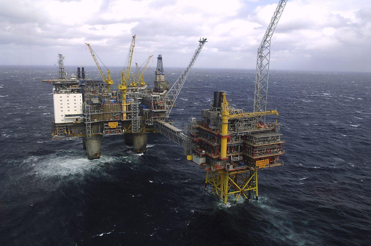 I 2019 var 158.400 personer sysselsatt enten i petroleumsnæringene eller i tilknytning til dem. Foto: Helge Hansen / NTB