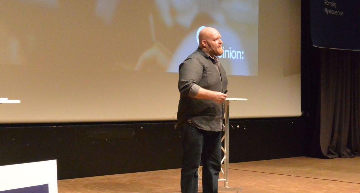 Ole Petter Nyhaug fra Opinion holdt et inspirerende foredrag og forsøkte å beskrive hvordan boligkjøperen vil være i 2020.