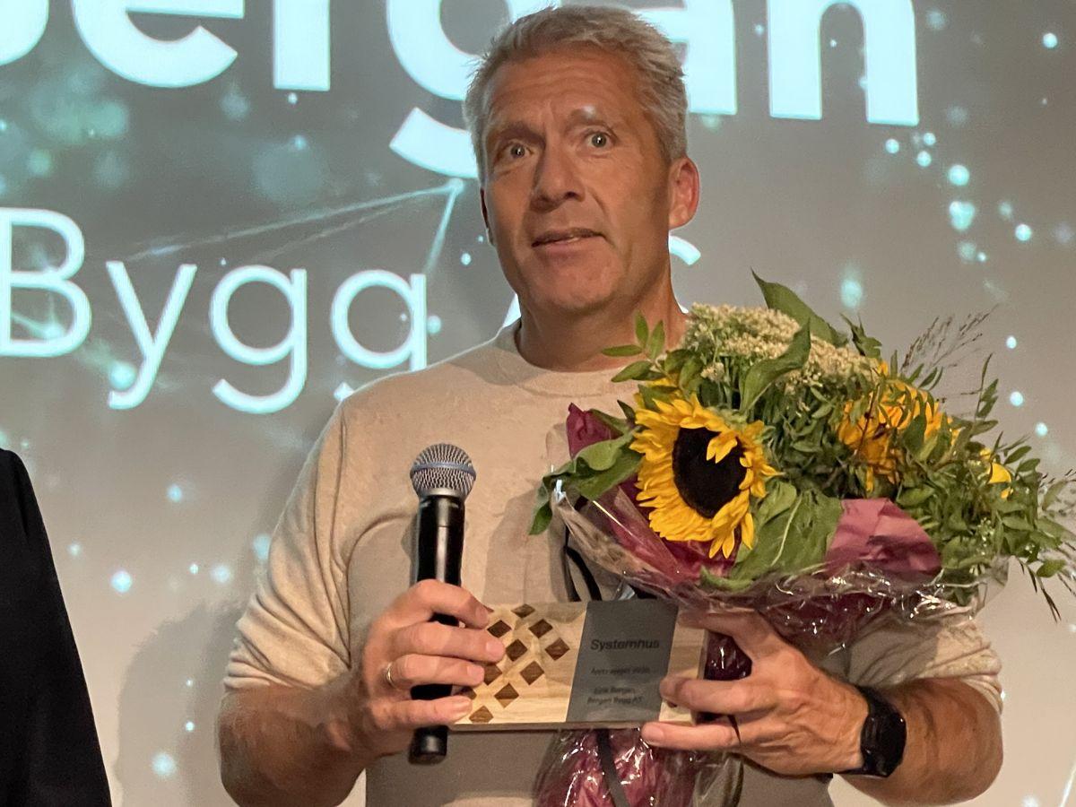 Eirik Bergan ble kåret til årets selger i Systemhus. Foto: Systemhus
