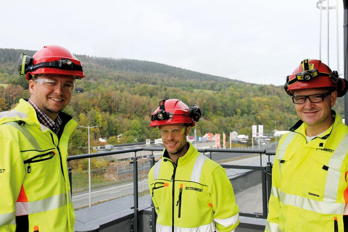 Daglig leder Kristian Gjestemoen, anleggslederne Kenneth Bredesen og Ole Gunnar Meland Hansen (fra venstre) i Betonmast Buskerud-Vestfold, er godt fornøyd med et vel gjennomført prosjekt.