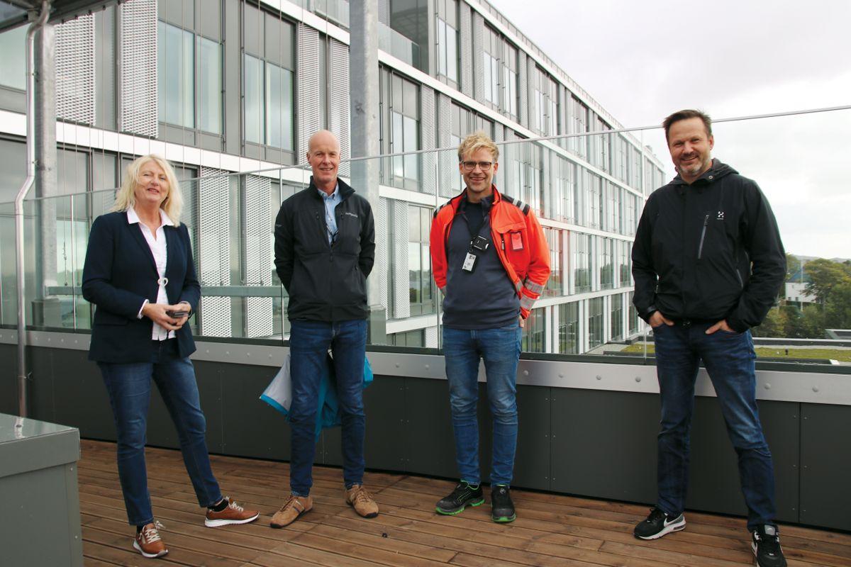 Prosjektdirektør Laila Nemeth i ByggHaugesund2020 (f.v.), prosjektleder Lars Vestvik i Veidekke, anleggsleder Klaus Johannessen i Veidekke og anleggsleder Runar Berge i Veidekke.