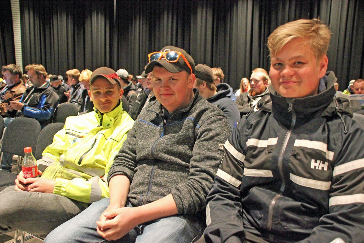 Elever fra Tomb videregående skole deltok på Ungdomsdagen på Vei og Anlegg 2018. Foto: Svanhild Blakstad
