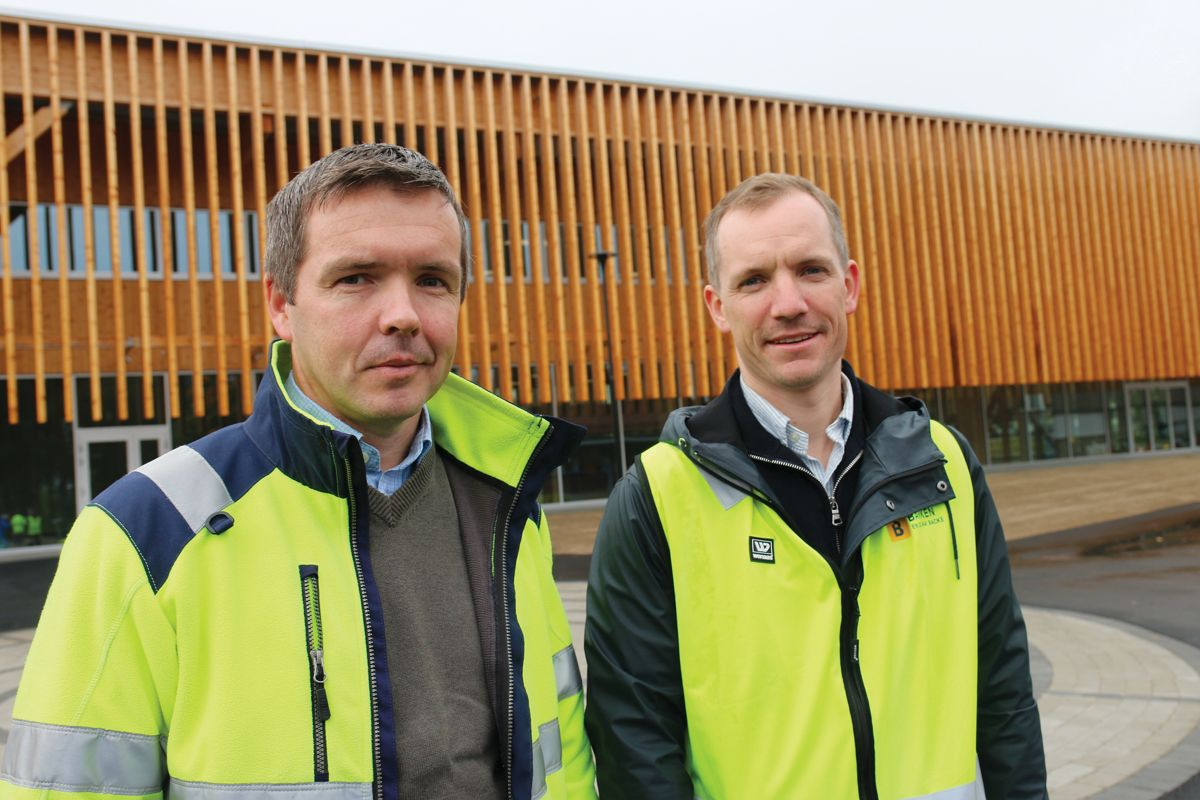 Prosjektleder Torstein Berg i Våler kommune (t.v) og prosjektleder Even Antonsen i Martin M. Bakken, har fått til et godt samspill i prosjektet.