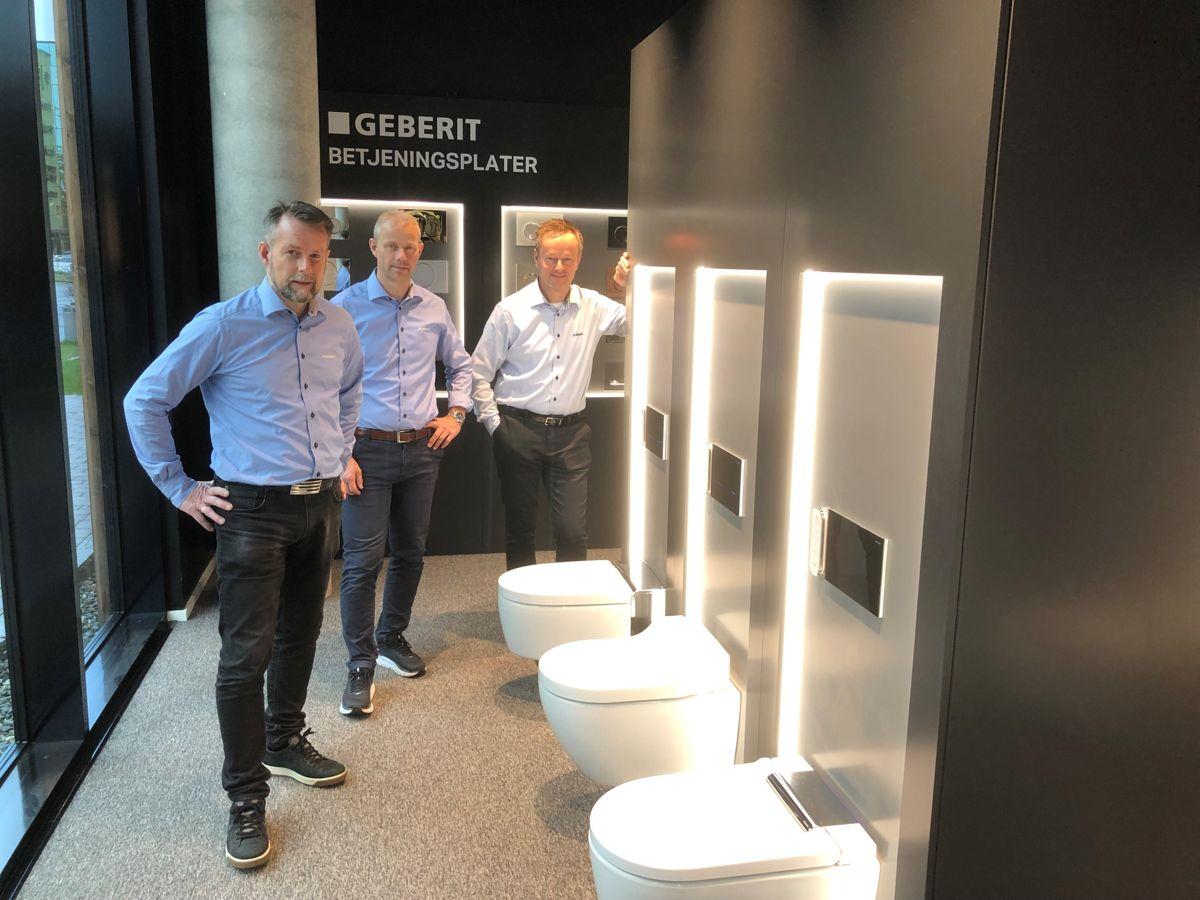 Geberit åpner nytt showroom i Lysgården i Trondheim. Fra venstre; Terje Ulseth, Svein Erik Eid og Christian Nordskag. Foto: Geberit