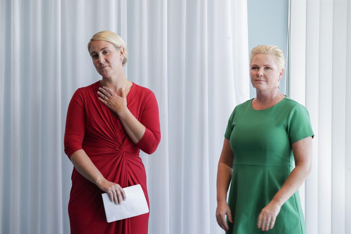 Tonje Brenna (Ap) (t.v.) og Anne Beate Tvinnereim i (Sp) går fra Viken fylkesråd til statsrådsposter. Foto: Vidar Ruud / NTB