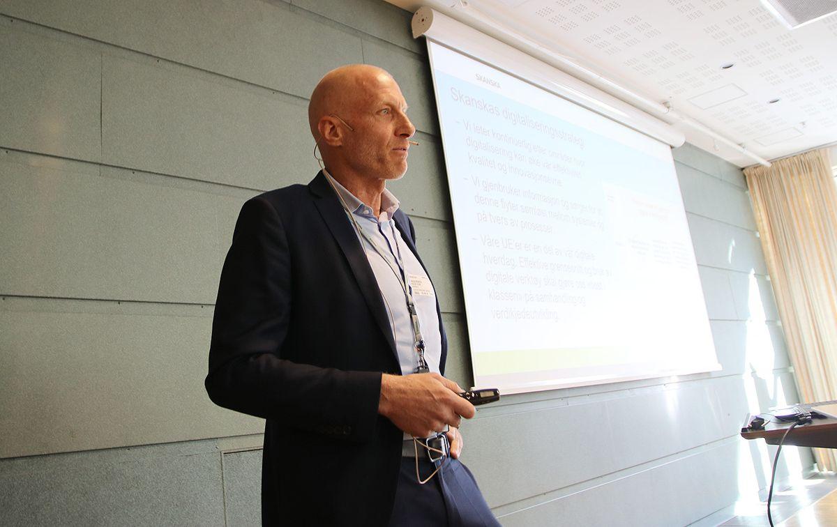 Peer Chr Anderssen i Skanska peker på at vi trenger en felles definisjon av produkters egenskaper.