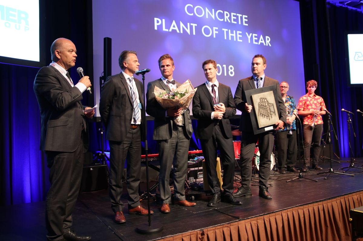 F.v. Jan Eldegard Hjelle (FABEKO), John Sunde (Norcem), Fredrik Røinaas (Betong Øst Hamar), Arve Brekkhus (Byggeindustrien) og Øystein Bækkelien (Betong Øst Hamar).