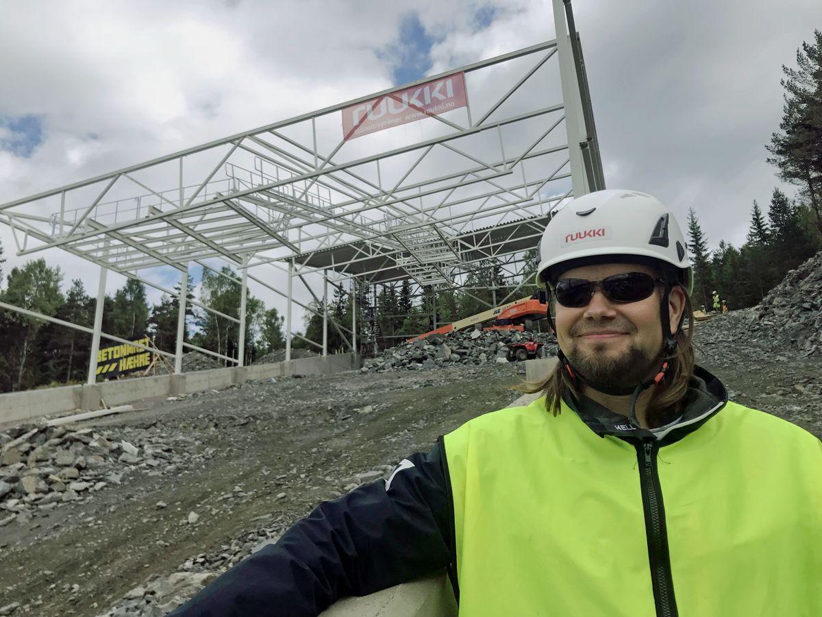 Design manager Mika Jäsperlä i Ruukki har vært sentral i prosjekteringen verdens største innendørs skisenter i Lørenskog. Foto: Svanhild Blakstad