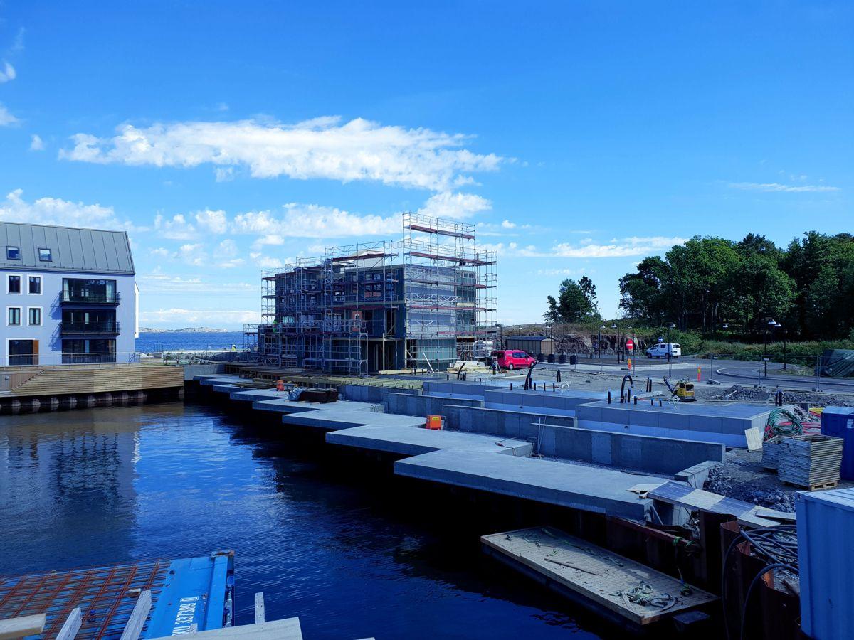 Veidekke fortsetter utbyggingen av Sjøparken i Stavern. Foto: Øyvind Skjønstad